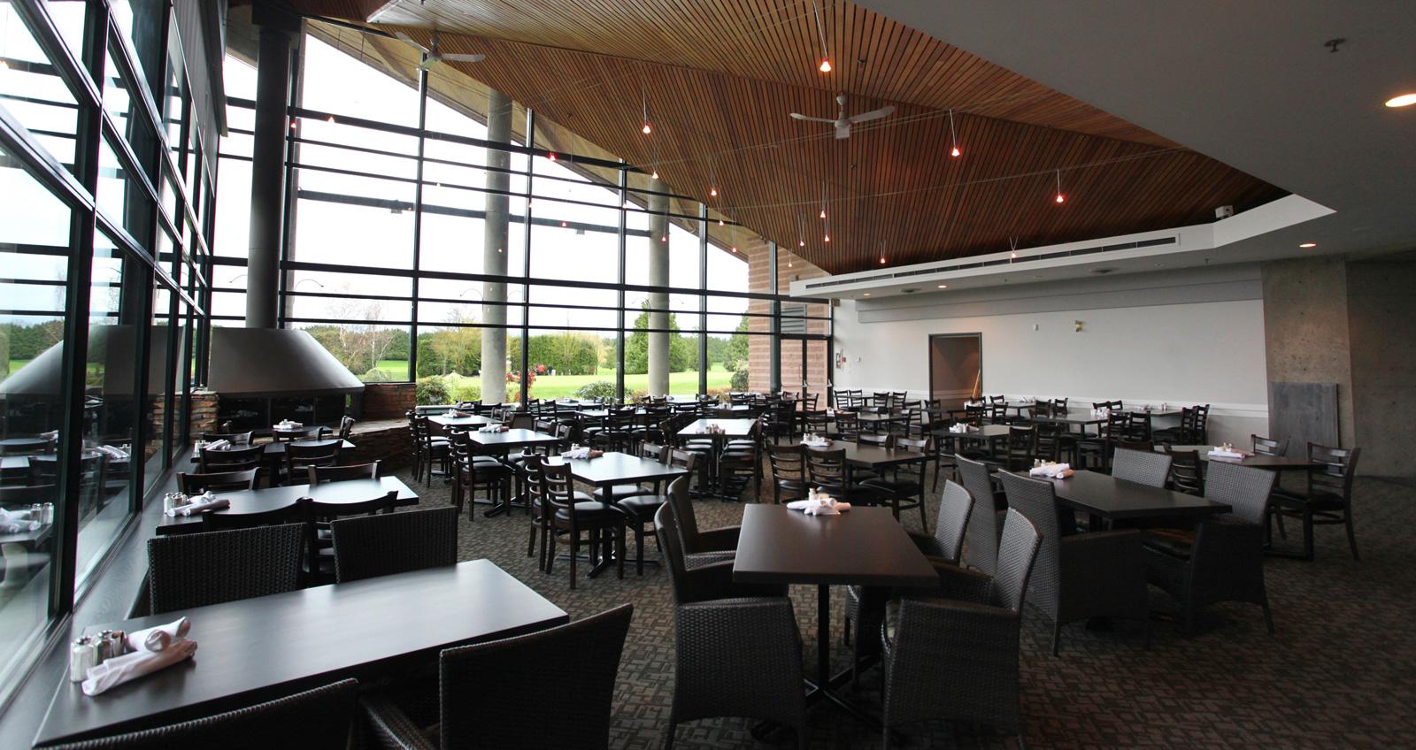 Emerald Lakes Golf Club Restaurant